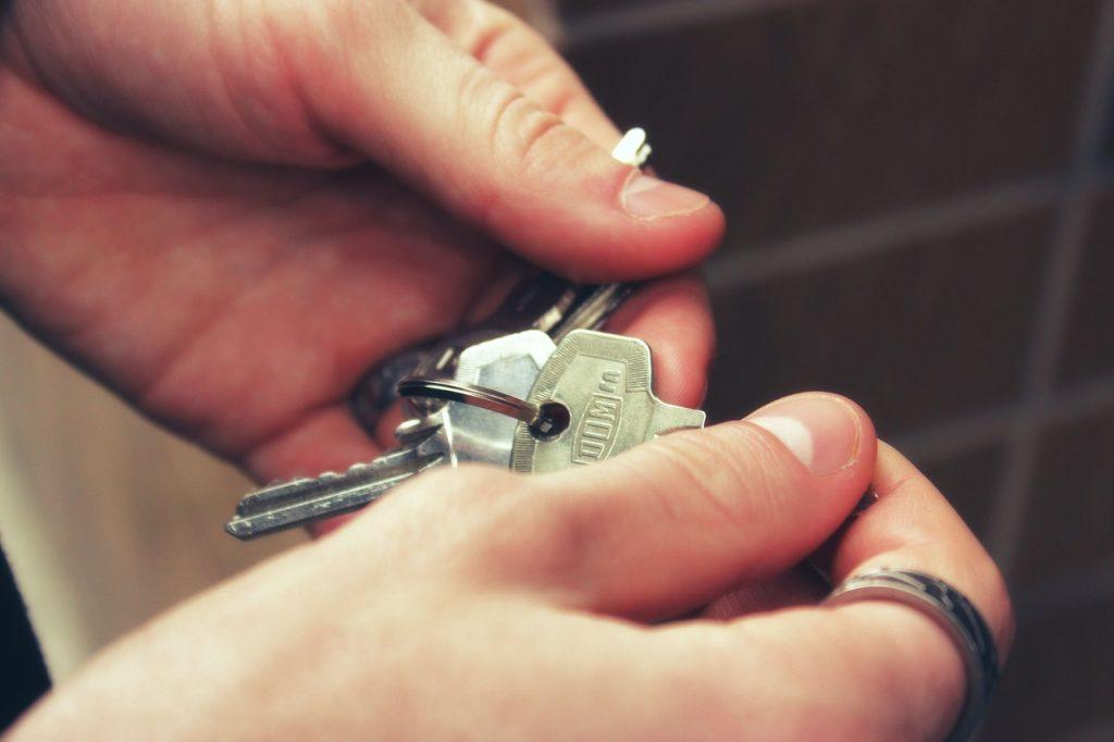 Avocat en logement: rôle et spécialités