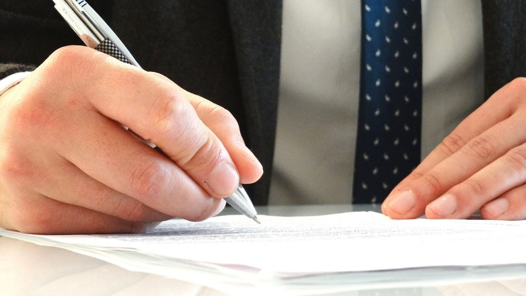 Comment réussir sa promotion lors du passage de collaborateur à associé dans un cabinet d'avocats ?
